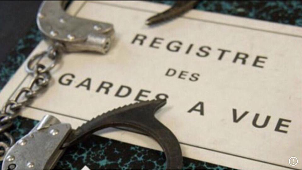 A Rouen, deux jeunes gens en garde à vue : ils circulaient sans casque sur une mobylette volée