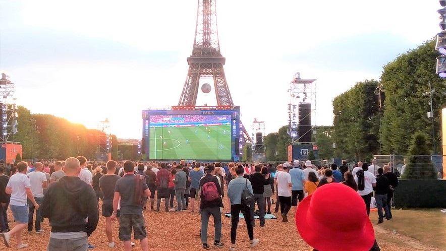 Dans de très nombreuses ville (comme ici à Paris, lors de l'Euro 2016) les supporters des Bleus pourront suivre la finale de la coupe du Monde. A Rouen, une fan zone sera ouverte sur l'esplanade Saint-Gervais dimanche - Illustration © Pixabay