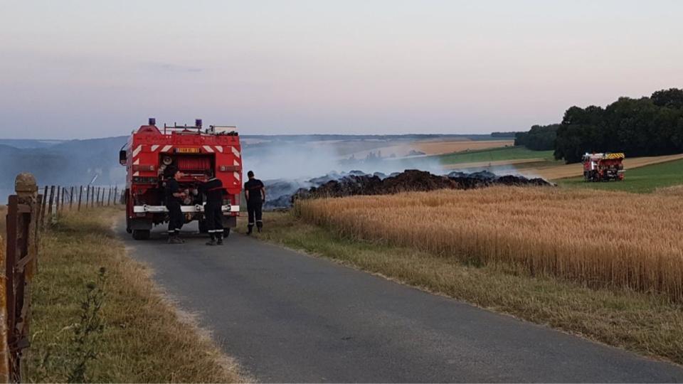 Le feu s'est déclaré à un engin agricole avant de se propager à la parcelle - Illustration @ Infonormandie