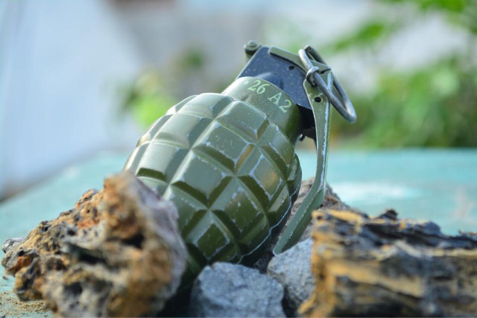 Cinq de ces munitions ont été mises au jour dans la rivière - Illustration @ Pixabay