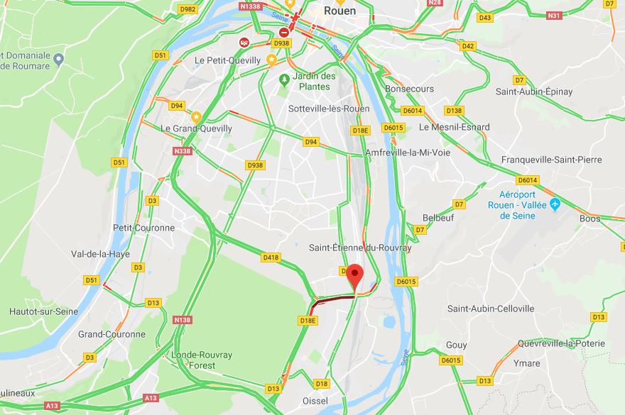 Le camion perd son chargement d'engrais : circulation perturbée près de Rouen