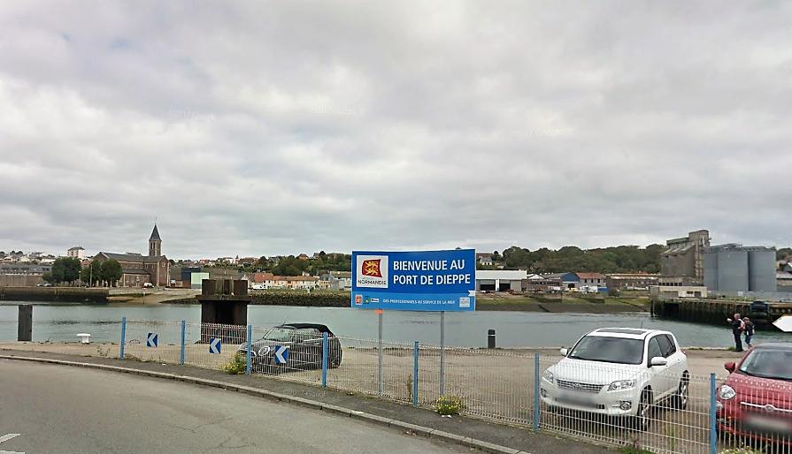 Le corps du quadragénaire a été découvert dans un bassin du port de Dieppe, ce matin vers 9 heures - illustration © Google Maps