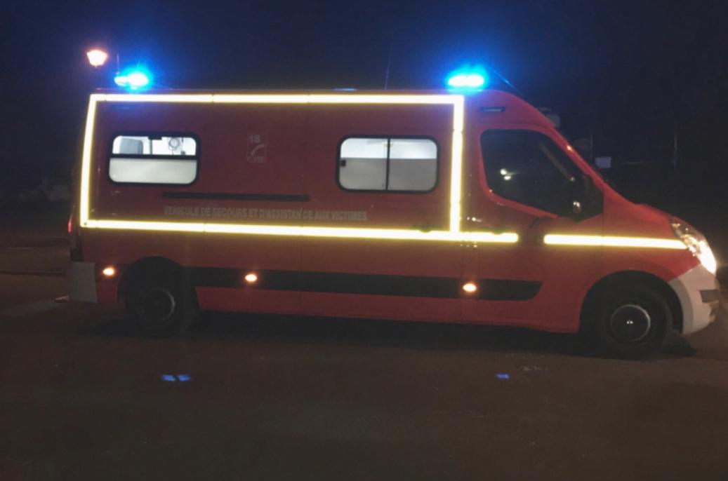 Le passager du scooter est décédé, le pilote a été transporté blessé à l'hôpital des Feugrais par les sapeurs-pompiers - Illustration © infonormandie