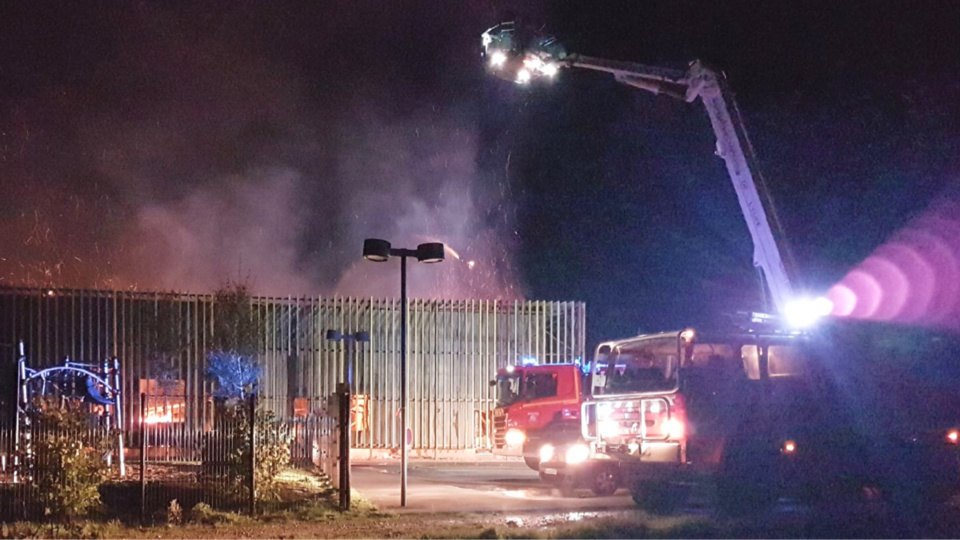 Eure : un incendie embrase le centre de loisirs de Vexin-sur-Epte, aucune victime n'est à déplorer mais les dégâts sont importants