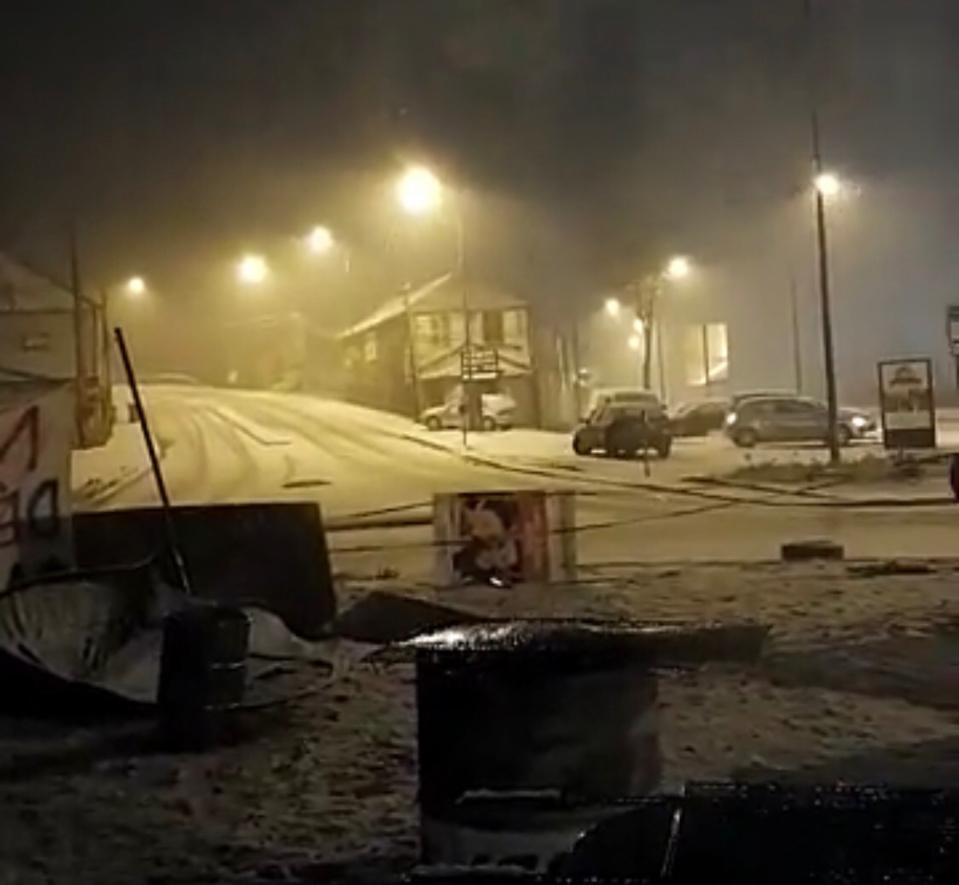 Il est tombé quelques centimètres de neige ce mardi soir sur le village de Heubecourt-Haricourt (Eure) - Photo © I.T.