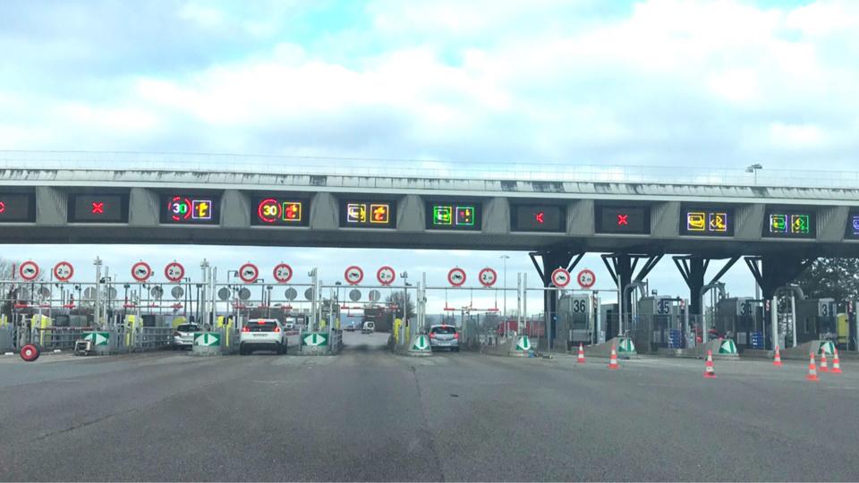La société des autoroutes Paris Normandie avait déposé plainte après les dégradations commises dans la nuit du 17 au 18 janvier - Illustration © infonormandie