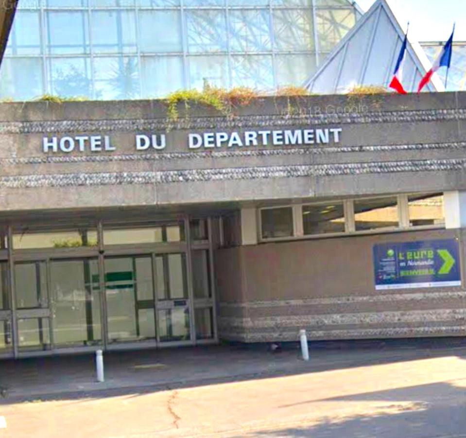 L'hôtel du département de l'Eure à Évreux - Illustration