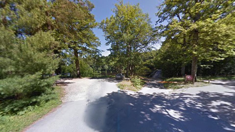 Les promeneurs se trouvaient sur la route du Coupe-Gorge quand ils ont aperçu un homme pendu à un arbre - illustration @ Google Maps