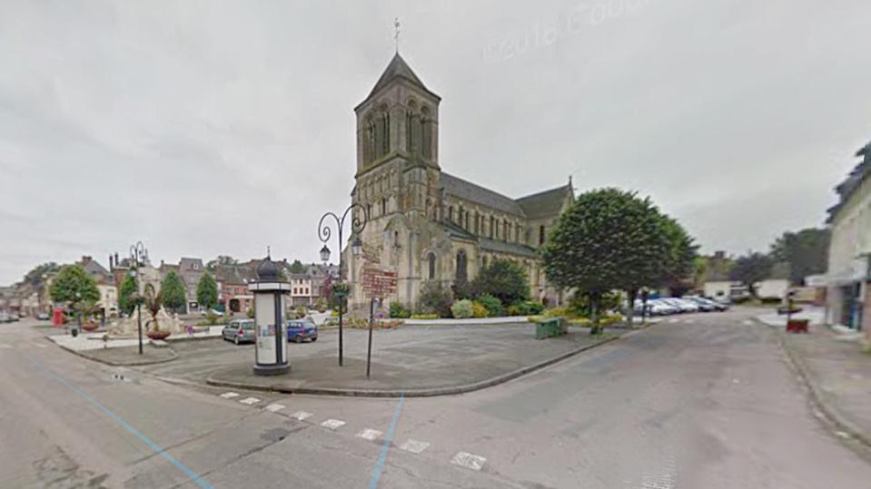 Un lycéen se fait rouler sur le pied par un bus scolaire à Saint-Saëns : il est blessé grièvement