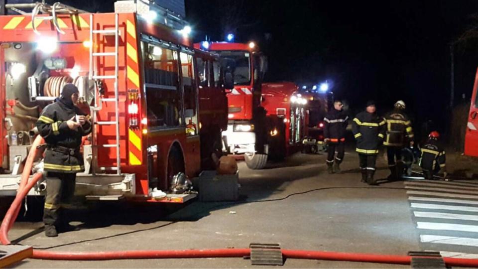 19 sapeurs-pompiers et 5 engins ont été engagés sur l'incendie - Illustration