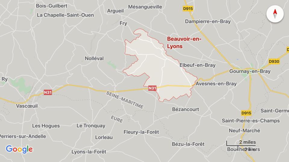 L'accident est survenu sur la RN31 sur le territoire de la commune de Beauvoir-en-Lyons entre Gournay-en-Bray et Rouen