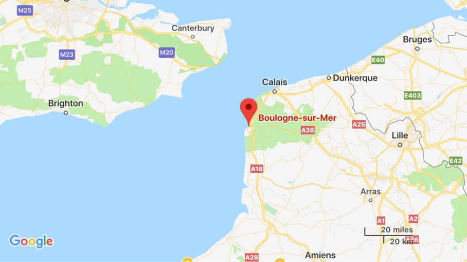 Un navire de pêche en feu coule dans le détroit du Pas-de-Calais : l'équipage récupéré sain et sauf