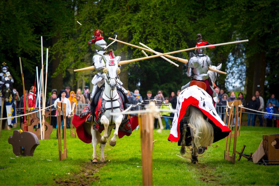 Grand Tournoi France-Angleterre : joutes équestres et combats à pied par la Chevalerie initiatique. Différentes exhibitions entre 11h et 17h, samedi et dimanche