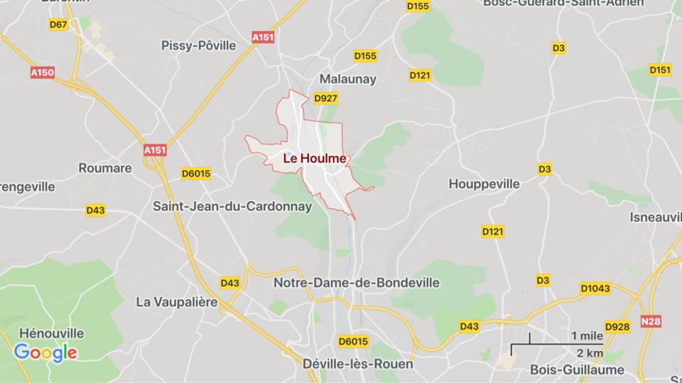 Deux véhicules se percutent au Houlme, près de Rouen : trois blessés, dont un grave