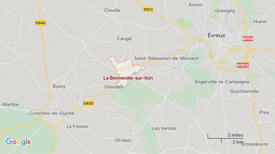 Eure : un véhicule de gendarmerie percuté par un chauffard, deux blessés