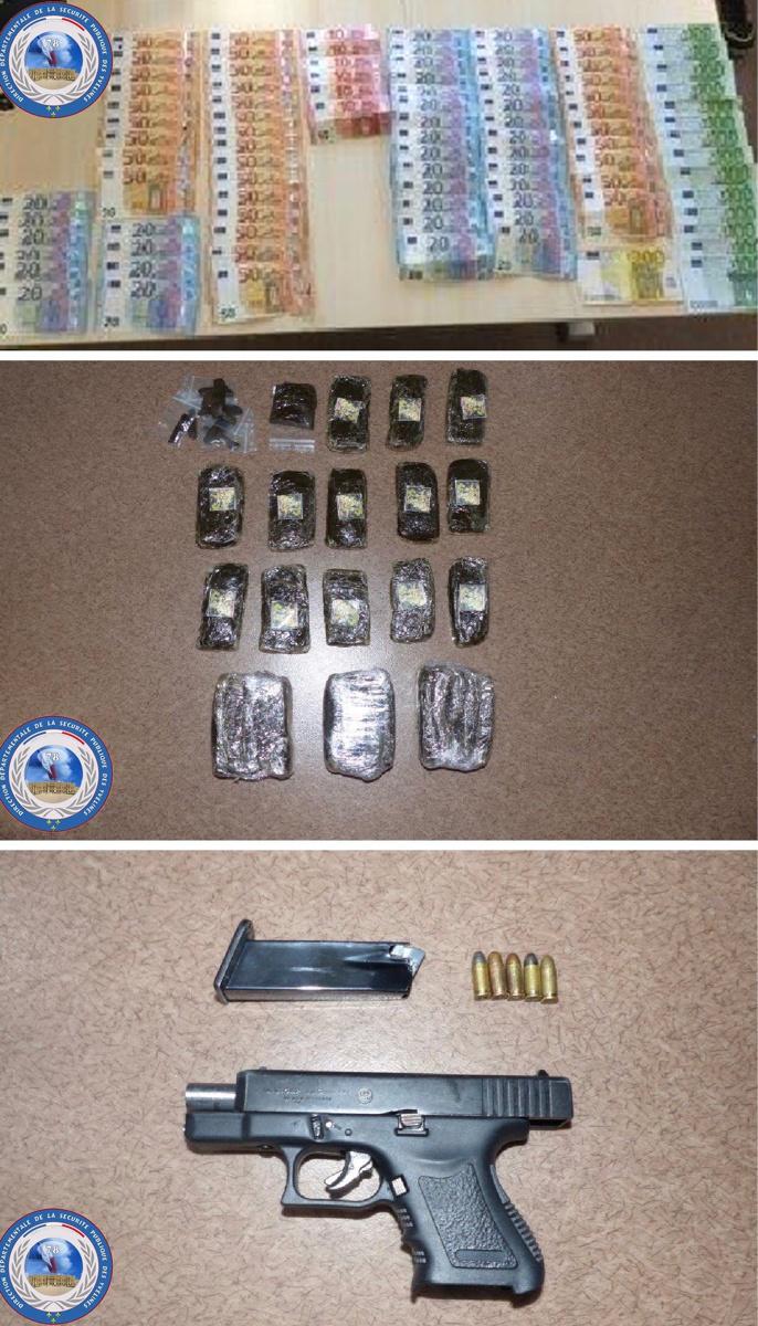 De l'argent, de la résine de cannabis et des armes ont été découvertes lors des perquisitions - Photo © DDSP78