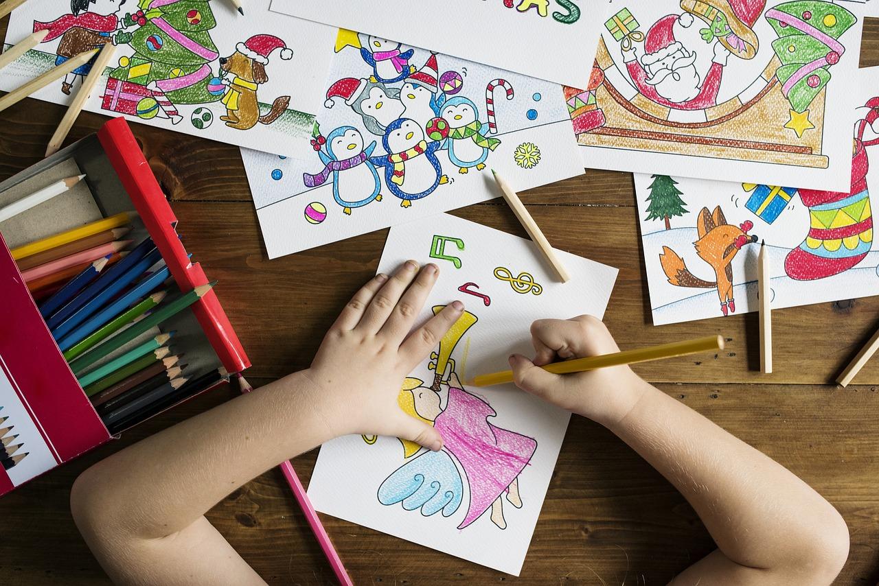 Les parents voulaient récupérer les affaires de leur enfant à l'école - Illustration © Pixabay