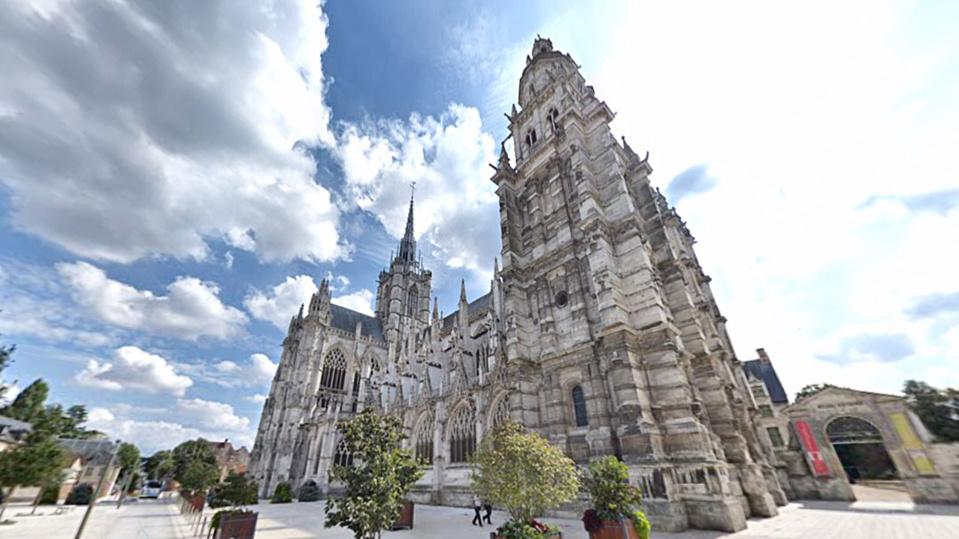 La cathédrale d'Évreux - illustration @ Google Maps