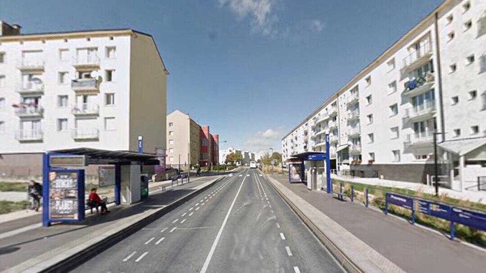 L'altercation mortelle s'est produite près de l'arrêt de bus Provence, rue Lamartine, à Canteleu, près de Rouen, avant le coup d'envoi de la finale de la Coupe d'Afrique des Nations - Illustration