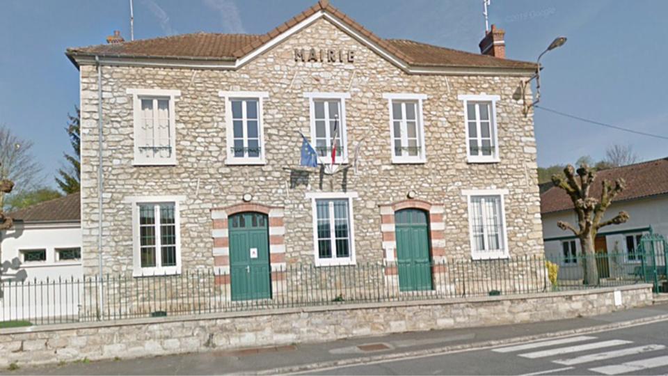 La mairie de Tessancourt-sur-Aubette (1000 habitants) - Illustration @ Google Maps