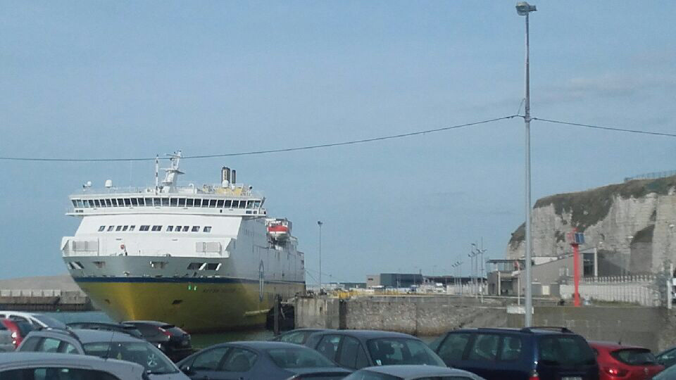 Le poids lourd s'apprêtait à embarquer sur le ferry à destination de New Haven en Angleterre  - Photo @ infonormandie