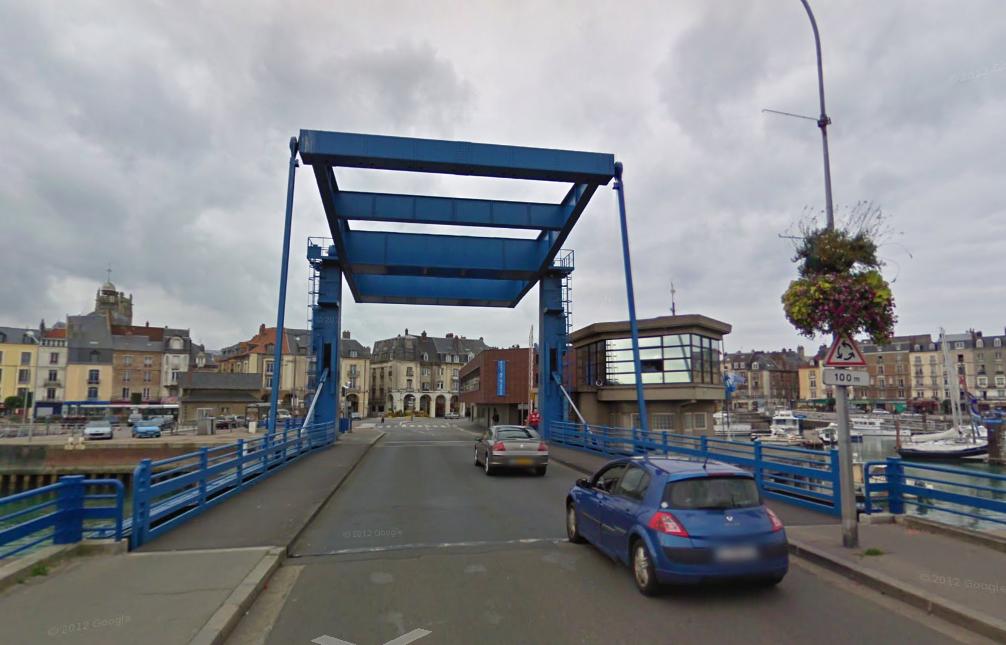 Le pont Jehan Ango est resté fermé jusqu'à 17 heures - Illustration