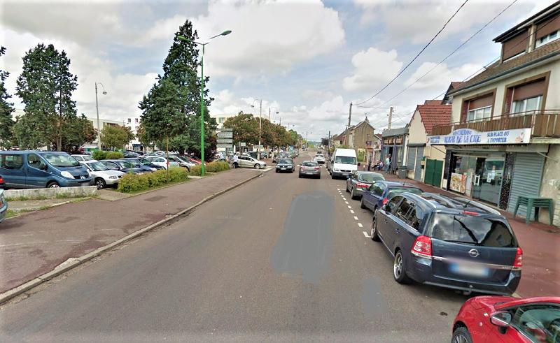 La victime était en compagnie d'autres homme en train de discuter sur le trottoir rue du Madrillet, lorsqu'il a été la cible de plusieurs coups de feu - illustration