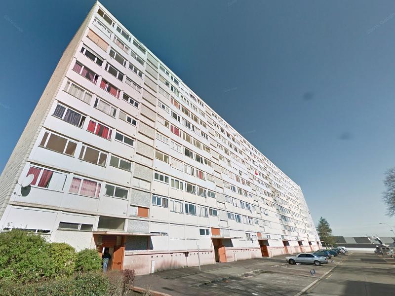 Un arrêté d'évacuation de cet immeuble a été pris par le maire de Saint-Etienne-du-Rouvray « en raison d'un danger grave pour la sécurité des occupants et des tiers »   Illustration © Google Maps