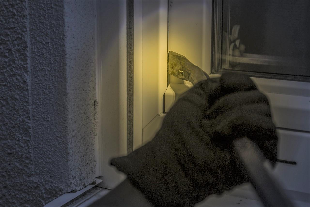 Les cambrioleurs opéraient le plus souvent de nuit - Illustration © Pixabay