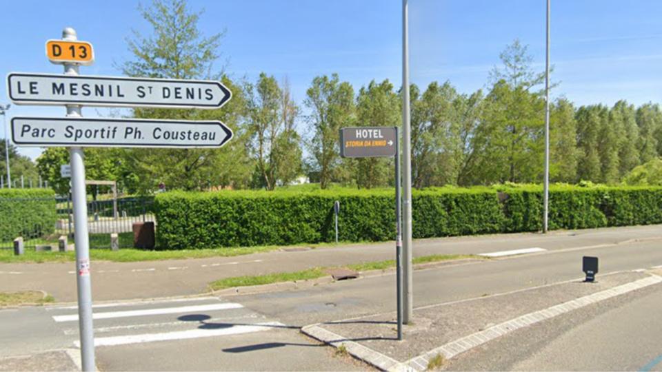 Le car jacking s'est déroulé au Mesnil-Saint-Ddnis, dans la soirée d'hier - Illustration