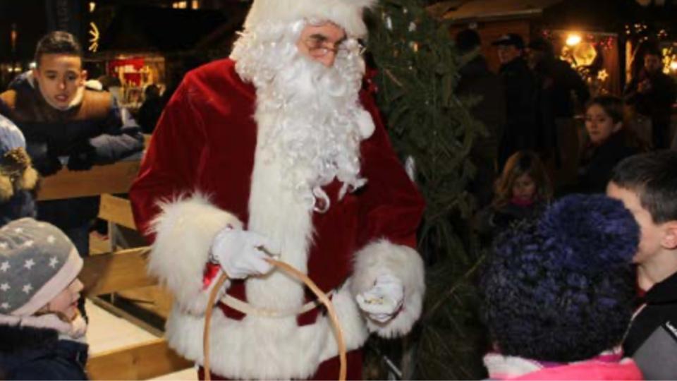 Marché de Noël et patinoire éphémère à Mantes-la-Jolie (Yvelines) : du 13 au 24 décembre