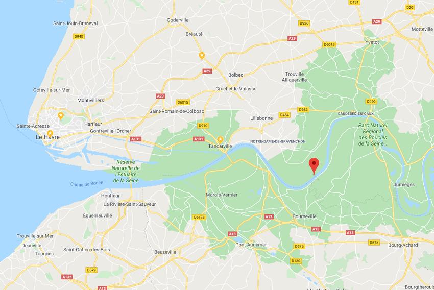 Le navire venait du port de La Rochelle et rejoignait le port de Petit-Couronne