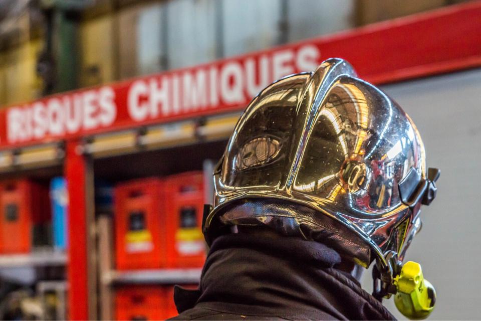 La cellule d'intervention en rique chimique et technologique des sapeurs-pompiers est sur place - illustration © Pixabay