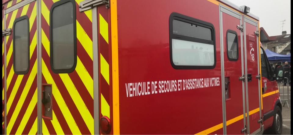 Le chauffeur de bus a été transporté par les pompiers à l'hôpital - Illustration @ infonormandie@infonormandie