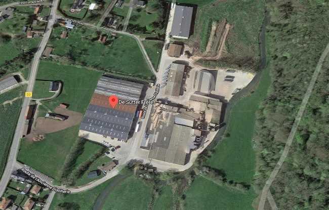 L'entreprise est spécialisée dans la fabrication de placage et de panneaux de bois  - Illustration © Google Maps