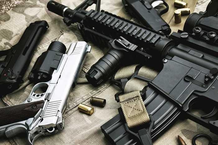 Pistolets,revolvers, armes d'épaule ont été découverts dans la maison du sexagénaire  - Photo d'illustration © iStockphoto