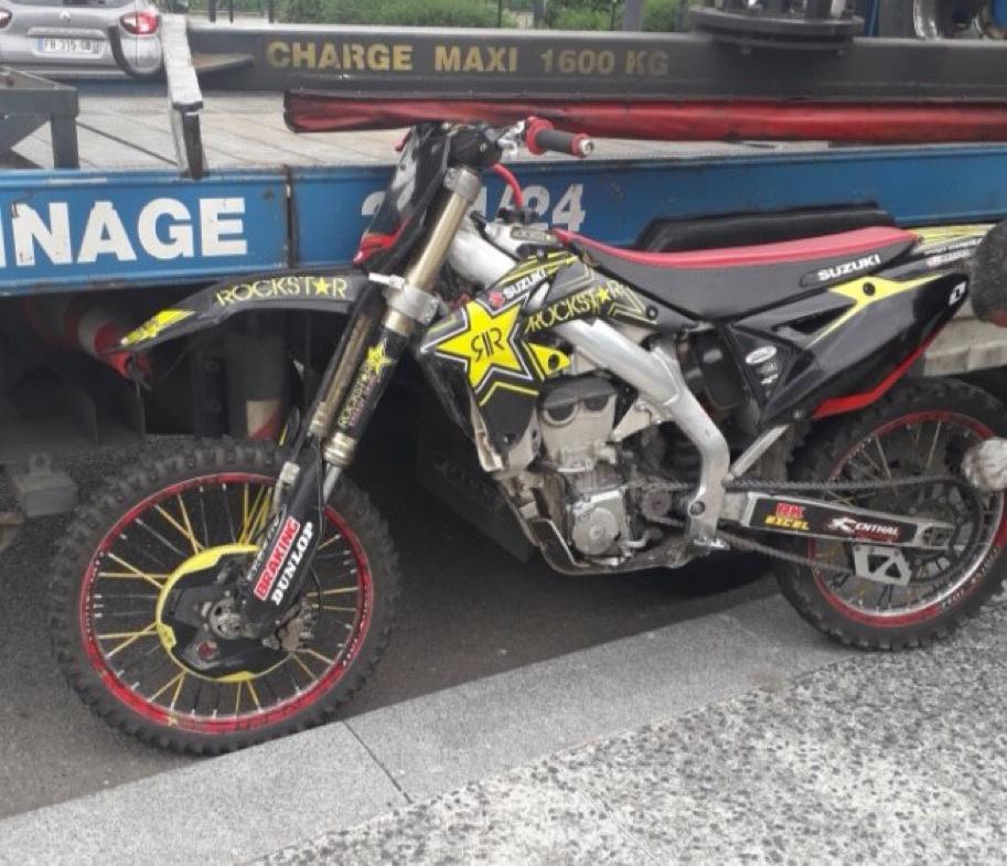 Les motos, dont la plupart ne sont pas homologuées ou de provenance douteuses, sont systématiquement confisquées - Photo © Commissariat du Havre