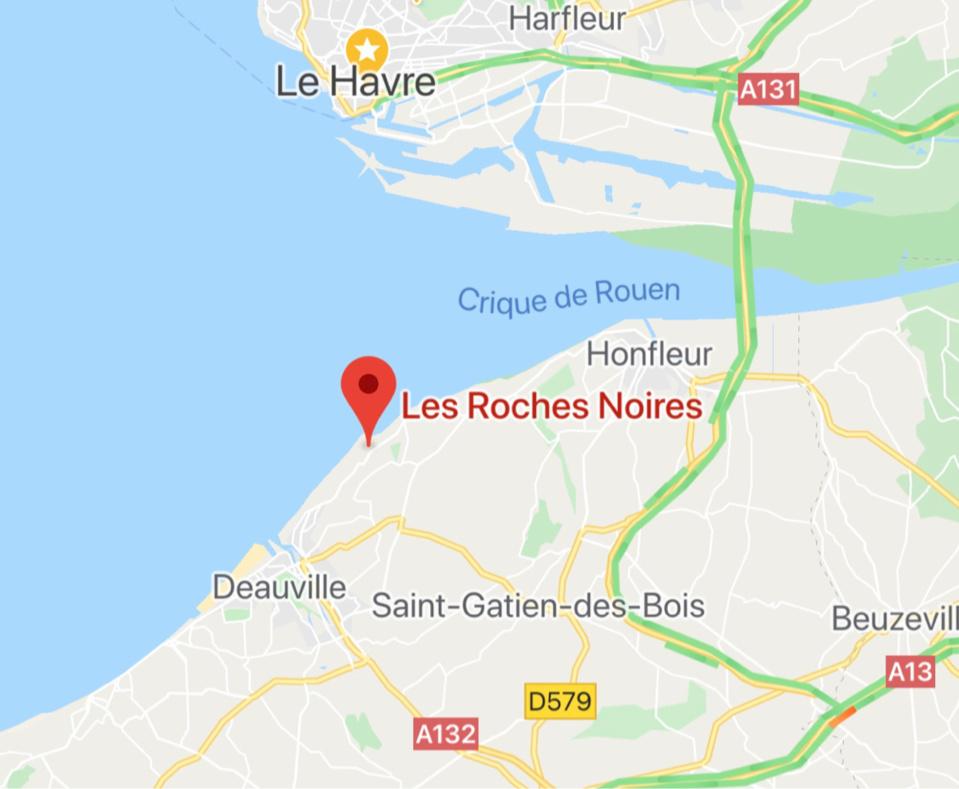 Leur voilier s'échoue devant Villerville (Calvados) : les deux plaisanciers récupérés sains et saufs