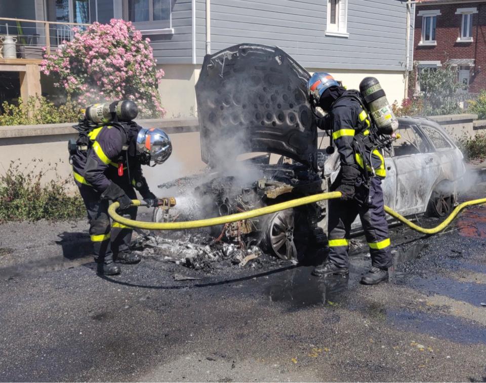 Seine-Maritime : la voiture s'enflamme soudainement à Dieppe
