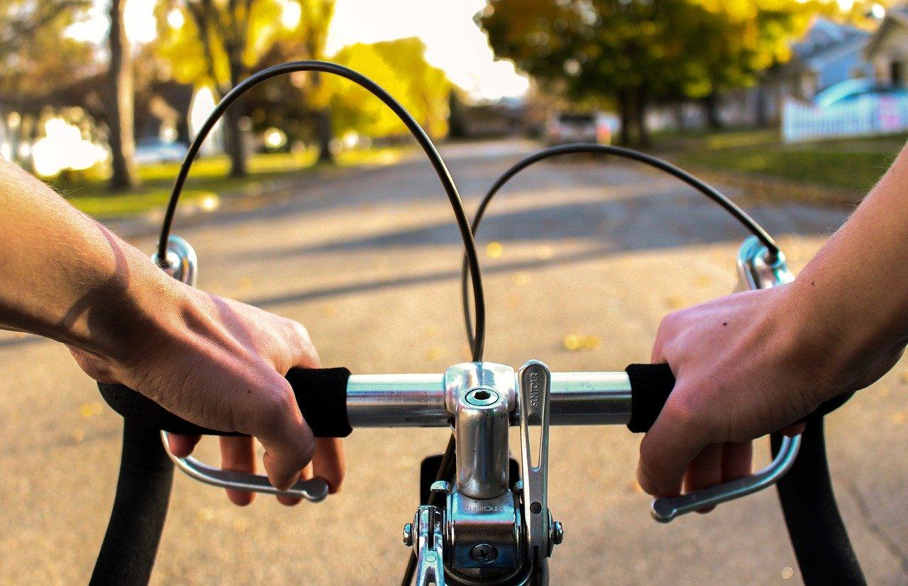 Le sexagénaire était à vélo sur la voie verte quand il aurait  été victime d'un malaise - Illustration © Pixabay