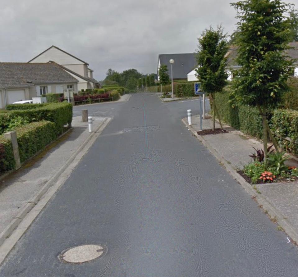 Le jeune garçon a été découvert inanimé rue de la Ferme - illustration @ Google Maps