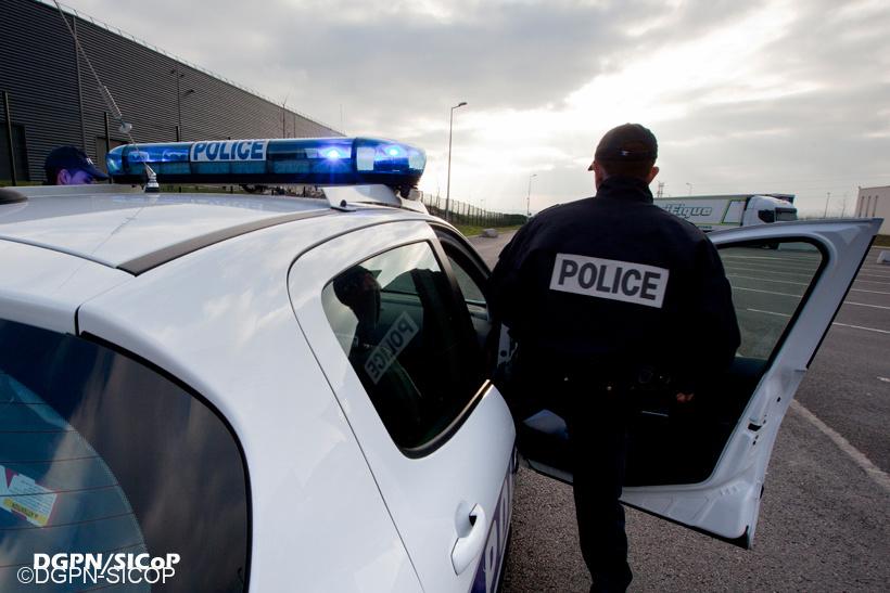 Les enquêteurs ont procédé à des investigations de police technique et scientifique à l'endroit où la victime a été découverte le 5 août vers 9 heures  - Illustration