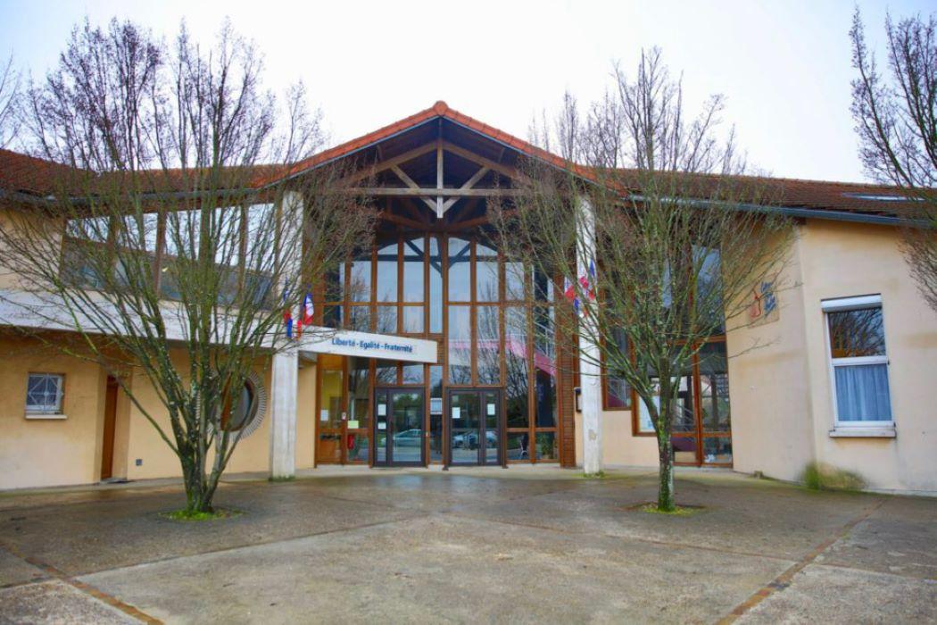 Le collège du Bois-d'Aulne à Conflans-Sainte-Honorine rebaptisé « Samuel  Paty » ?