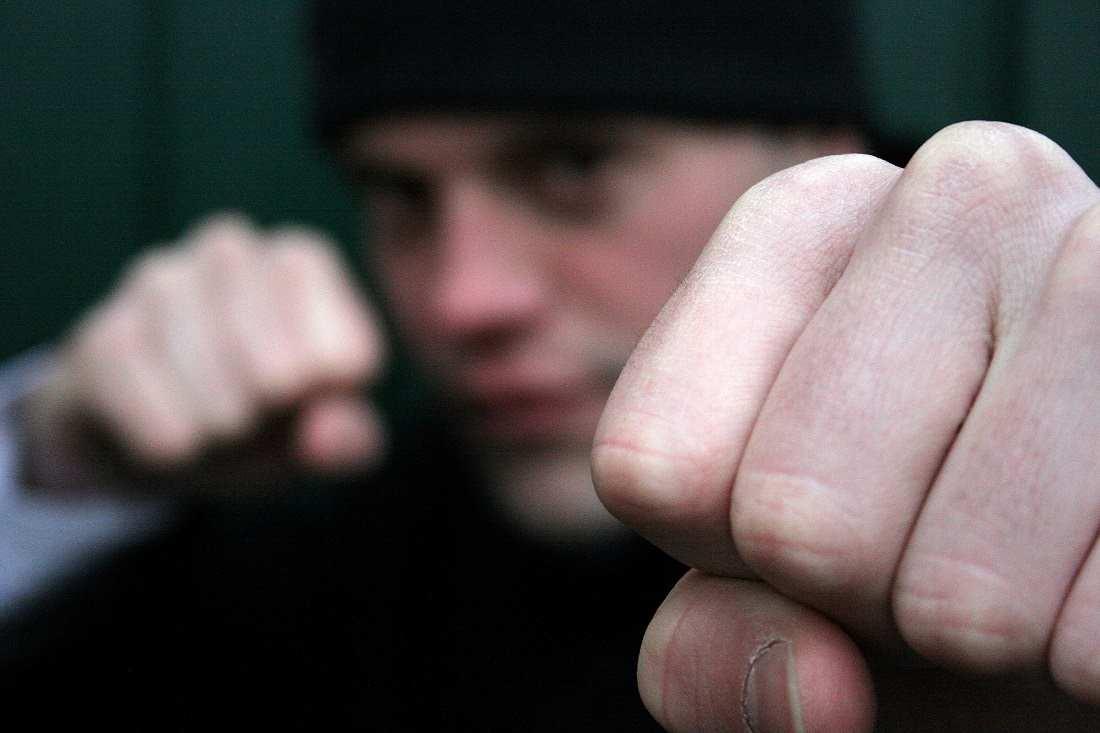 Frappée à coups de poing et de pied, la victime s'est vu notifier 9 jours d'ITT - Illustration © Adobe Stock