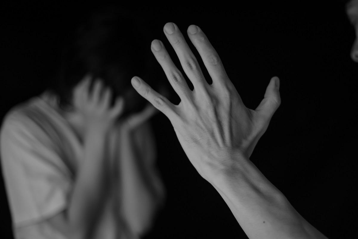 La jeune femme était revenue dans son ancien appartement au Havre pour récupérer des affaires personnelles quand son ex-conjoint l'a une nouvelle fois violentée - Illustration © Adobe