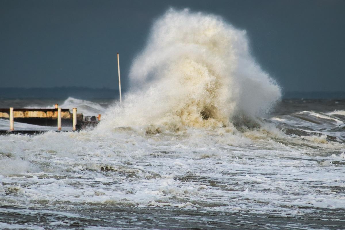 La mer sera le plus souvent forte jusqu'à très forte à l'ouest de la Manche - Illustration © iStockphoto