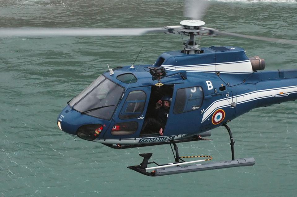 Les recherches entreprises par la gendarmerie au moyen notamment d'un hélicoptère n'avaient pas permis de retrouver le quadragénaire - illustration @ gendarmerie