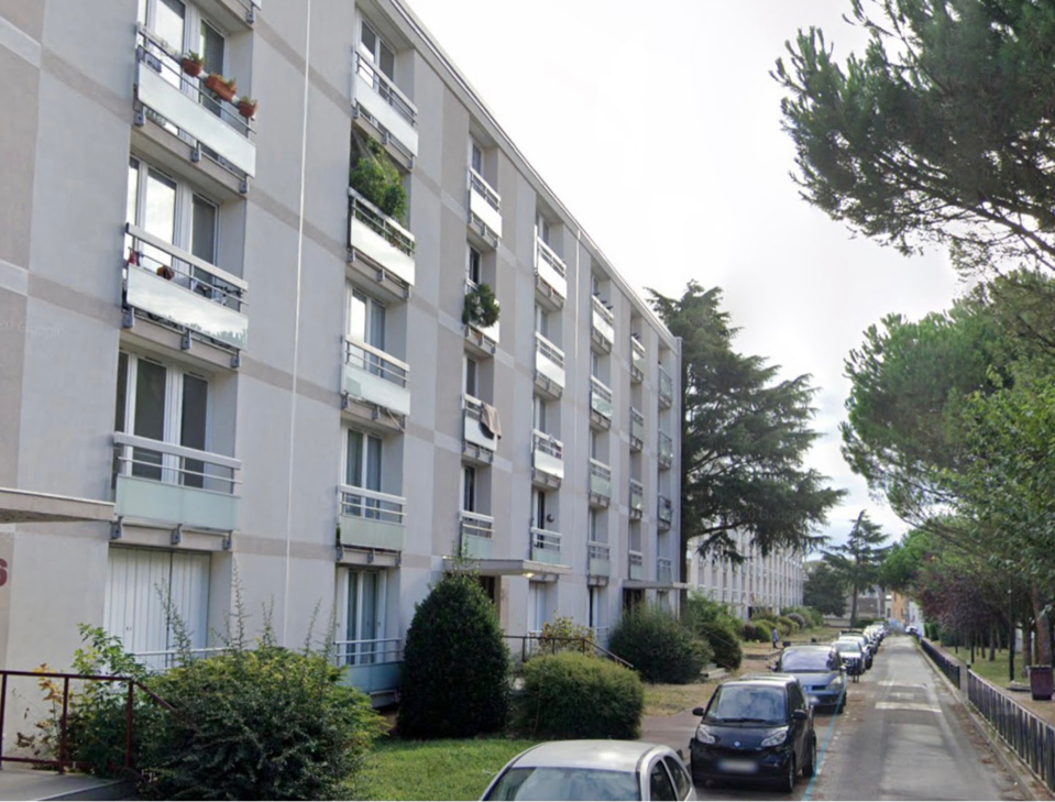 La drogue était cachée dans les parties communes d'un des immeubles de l'allée des Yvelines à Trappes - illustration