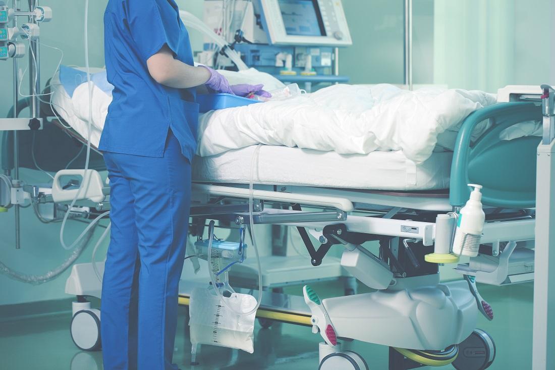 Avec 1089 personnes hospitalisées, atteintes du Covid-19, au 17 décembre, contre 1052 mardi, le nombre total de patients hospitalisés augmente à nouveau dans la région - Illustration © Adobe Stock