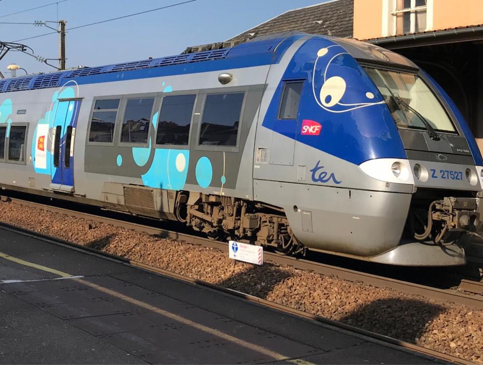 La circulation des trains a été interrompue entre Saint-Lazare et Les Mureaux. Le trafic vers la Normandie a été également impacté - illustration © infoNormandie